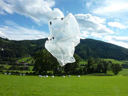 """Wolfgang Kschwendt, 2010, Foto: """"Luftqualle 1"""""""